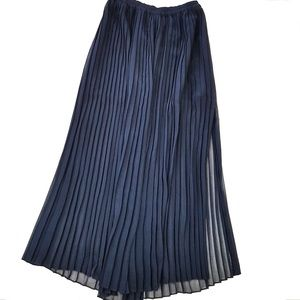 Victoria's Secret Navy Pleated Maxi Skirt